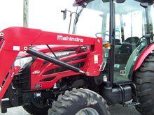 2016 Mahindra 2555 HST