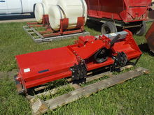 2009 Farm King C6582