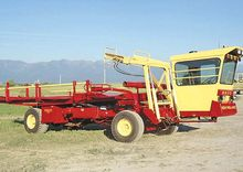 New Holland 8500