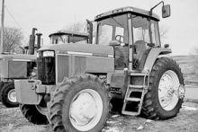 Used John Deere 7810