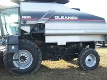 Used 2004 Gleaner R6