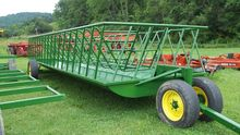 Stoltzfus feeder wagon