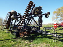 Earthmaster Tillage 3100