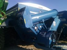 Used Kinze 1050 in W