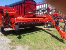 2015 Kuhn MERGER 300