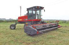 2001 Hesston 8250S