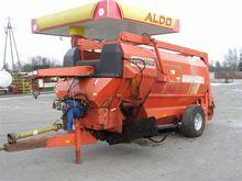 KUHN mixer wagon AUDUREAU, NR A