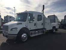 2016 Freightliner® M2-106