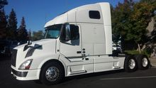 Used 2015 Volvo Truc
