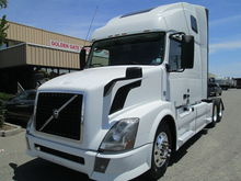 2013 Volvo Trucks VNL64T670