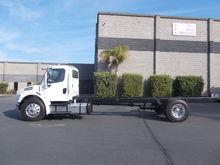 2015 Freightliner® M2106
