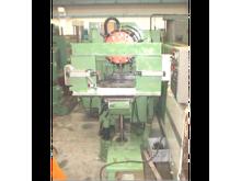 Used MACHINING CENTR