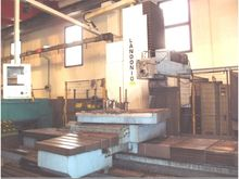 2004 MILLING AND BORING MACHINE