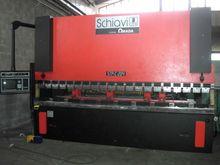 2000 SHEET METAL BENDING MACHIN