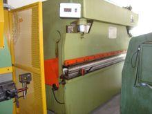 SHEET METAL BENDING MACHINES CO