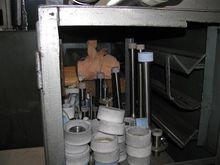 GRINDING MACHINES - UNIVERSAL T