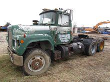 1984 MACK R600
