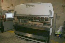 AMADA RG-80 HYDRAULIC PRESS BRA