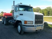 Used 1997 MACK CH613