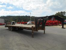2003 MUSTANG 81/2 X 30' FLATBED