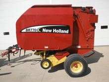 2003 New Holland BR770