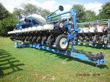 Used 2013 Kinze 4615