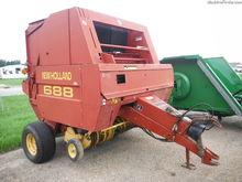 New Holland 688