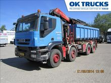 2009 Iveco AT410T50P
