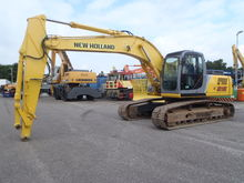 2006 New Holland Kobelco E215