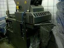 2002 CFS molding machine