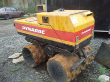 DYNAPAC Vibrating trench roller