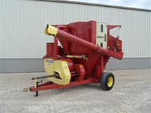 Used FARMHAND 835 in