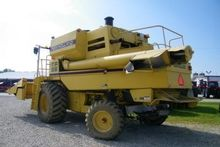 1996 NEW HOLLAND TR98 53332