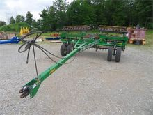 UNVERFERTH ROLLING HARROW 220 5