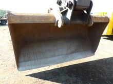 Used Bucket Closed B