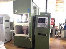 1997 Makino milling machine W-P