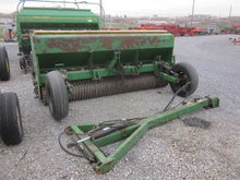 Landpride 10' packer seeder