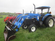 New Holland TB100 2wd loader