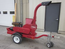 Toro BC25 wood chipper