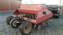 UFT 5000 9' grain drill