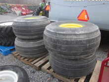 NH 4 flotation tires & rims
