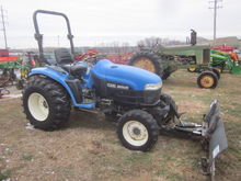 New Holland TC33 4x4 blade