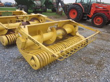 New Holland 890W hay head