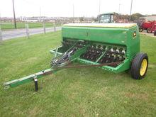 John Deere 8' 8200 grain dril