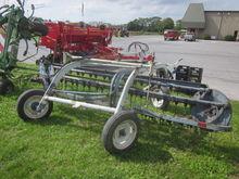 New Idea 4161 hay rake