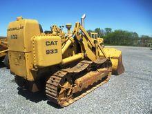 CAT 933 Loader