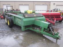 John Deere 780 manure spreader