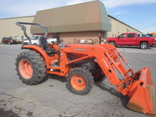 Kubota L3940 4x4 loader