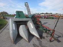 New Idea 325 corn picker