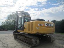 John Deere 200D LC Excavator